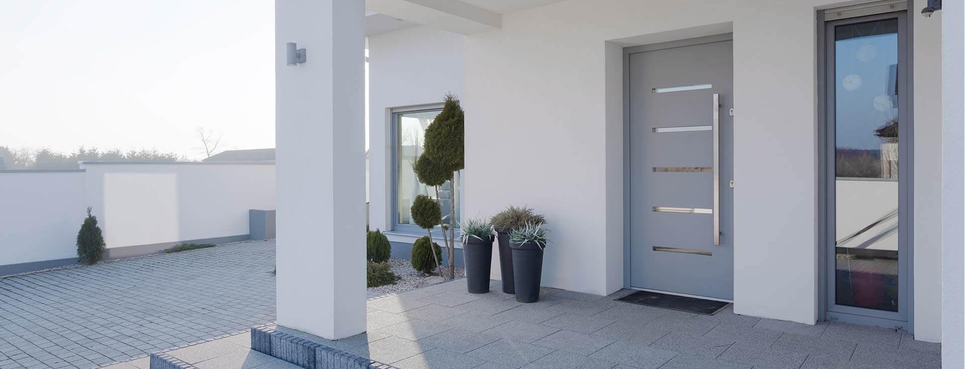 Individuelle Fenster und Türen nach Maß